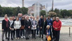 Binden fazla yabancı turizmci İstanbul'u ziyaret etti.