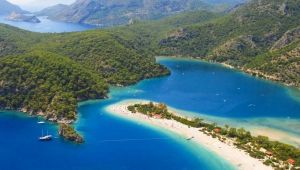 Türkiye'ye hangi ülkeden kaç turist geldiği açıklandı