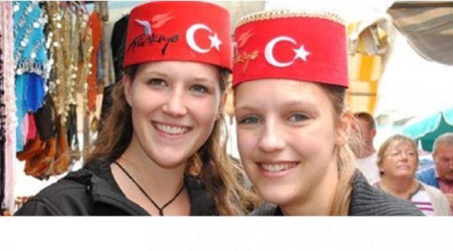 Alman turistler tatil için Antalya'yı seçtiler !