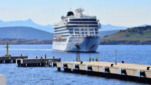 Bodrum Cruise Port Viking Sea gemisini ağırladı