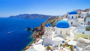 Kısıtlamalar ve geciken aşılama turizmi geciktiriyor