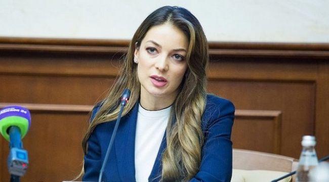 Rusya'da uçuş yasaklarının faturası 44 Milyar Ruble